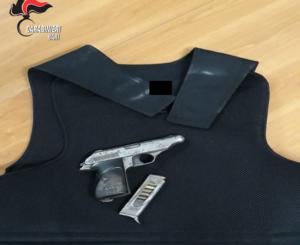gibbotto-antiproiettile-pistola-palo-del-colle